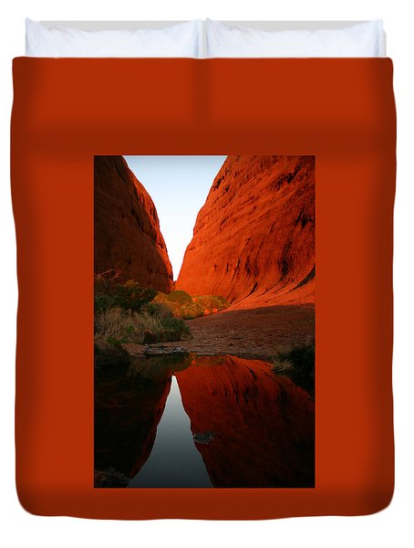 Late Afternoon Light And Reflections At Kata Tjuta In The Northern Territory Duvet Cover