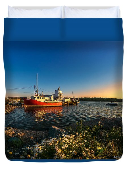 Late In The Day At Fisherman's Cove  Duvet Cover by Ken Morris