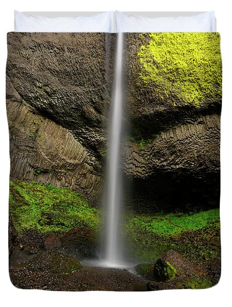 Duvet Cover featuring the photograph Latourell Falls by Jonathan Davison