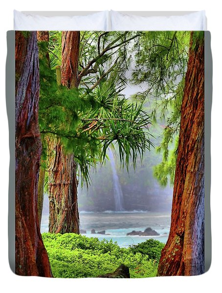 Duvet Cover featuring the photograph Laupahoehoe Hawaii by DJ Florek
