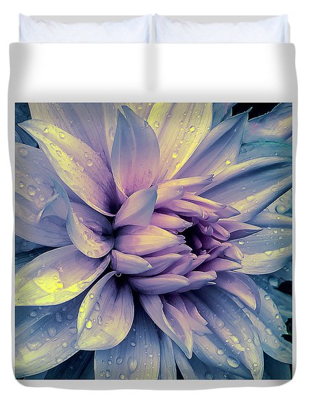 Lavender And Pink Dahlia And Water Drops Duvet Cover