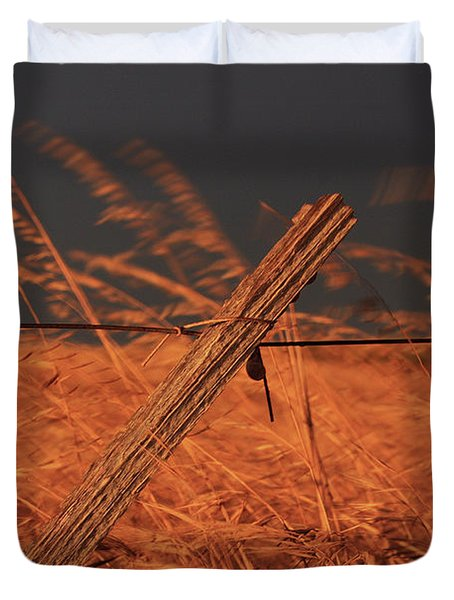 Lay Me Down In Golden Pastures Duvet Cover