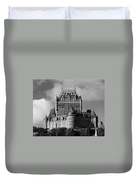 Le Chateau Frontenac - Quebec City Duvet Cover by Juergen Weiss