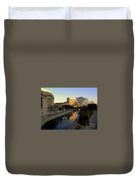 Duvet Cover featuring the photograph Le Rideau, by Elfriede Fulda
