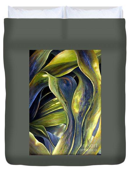 Leafy Entanglement Duvet Cover