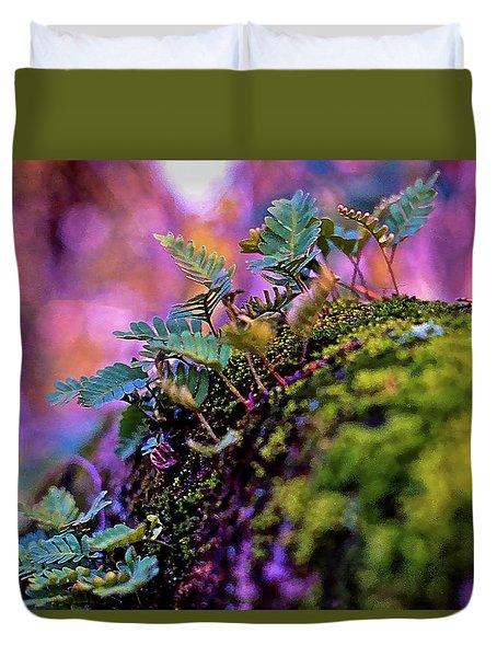 Leaves On A Log Duvet Cover