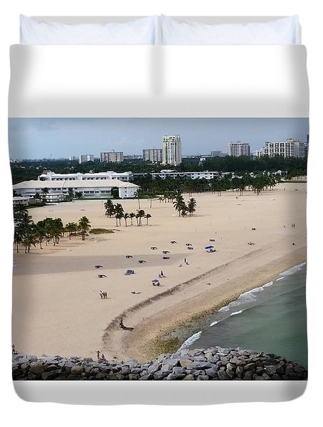 Leaving Ft Lauderdale Duvet Cover