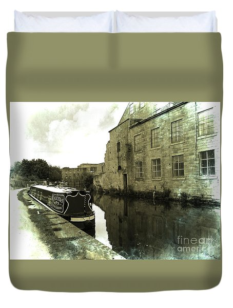 Leeds Liverpool Canal Unchanged For 200 Years Duvet Cover