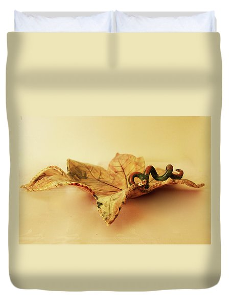 Leaf Plate 1 Duvet Cover