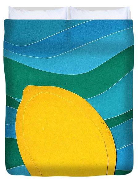Duvet Cover featuring the mixed media Lemon Slice by Vonda Lawson-Rosa