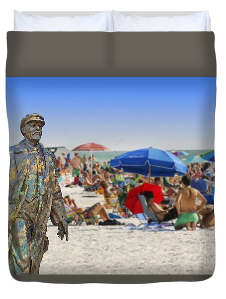 Lenin Goes To The Beach  Duvet Cover