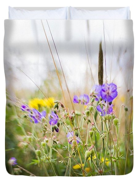 #lensbaby #composerpro #sweet35 #floral Duvet Cover by Mandy Tabatt