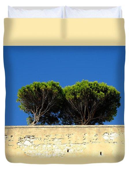Les Pines Joyeux Duvet Cover