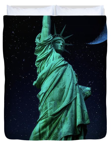 Duvet Cover featuring the photograph Let Freedom Ring by Darren White