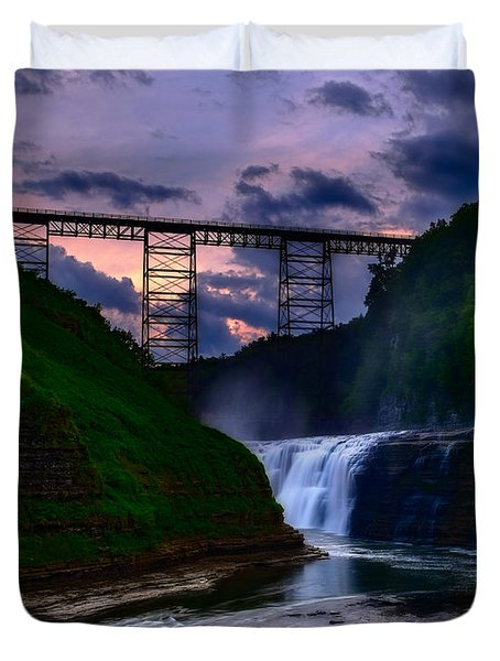 Letchworth Upper Falls At Sunset Duvet Cover