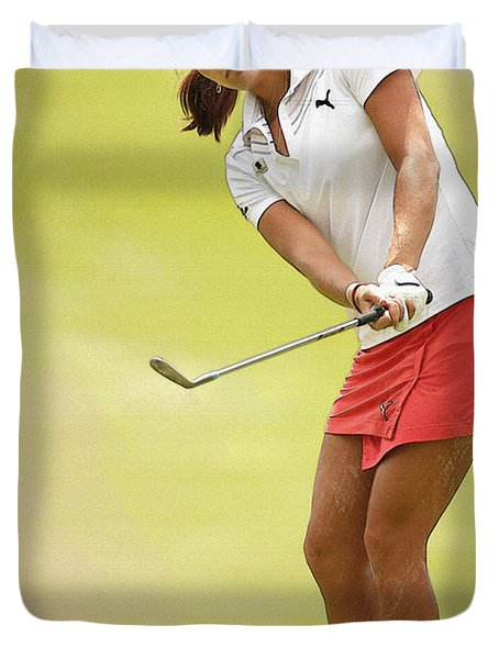 Lexi Thompson Chips To The First Green  Duvet Cover