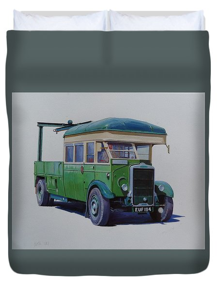Duvet Cover featuring the painting Leyland Southdown Wrecker. by Mike Jeffries