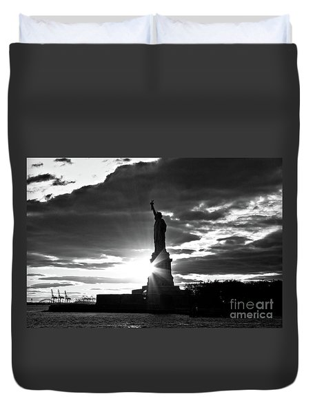 Duvet Cover featuring the photograph Liberty by Ana V Ramirez
