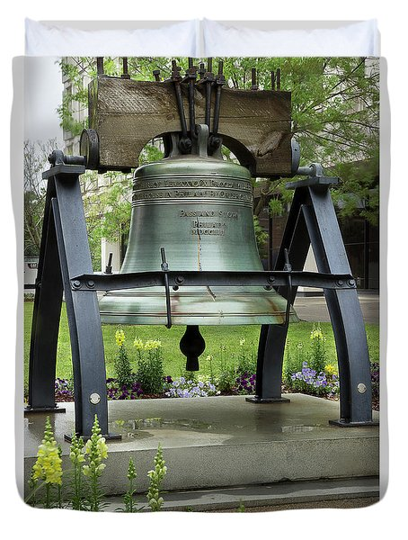Duvet Cover featuring the photograph Liberty Bell Replica by Mike Eingle