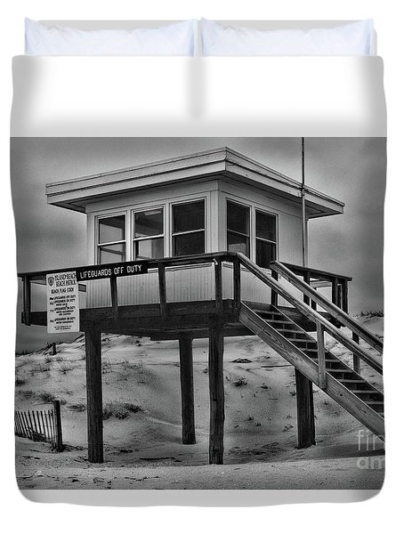 Lifeguard Station 2 In Black And White Duvet Cover by Paul Ward