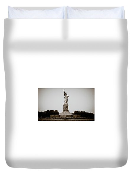 Duvet Cover featuring the photograph Liftin' Me Higher by David Sutton