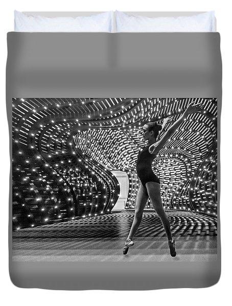 Duvet Cover featuring the photograph Light Dance by Alan Raasch