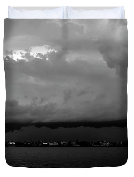 Light From The Darkness Duvet Cover by David Lee Thompson