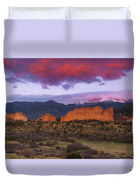 Duvet Cover featuring the photograph Light Of The Sun by Tim Reaves