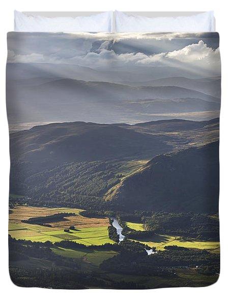 Light Streams, Kinloch Rannoch Duvet Cover