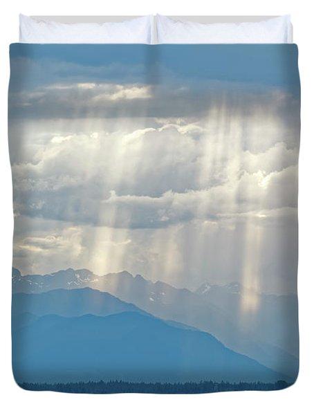 Light Through Clouds Duvet Cover