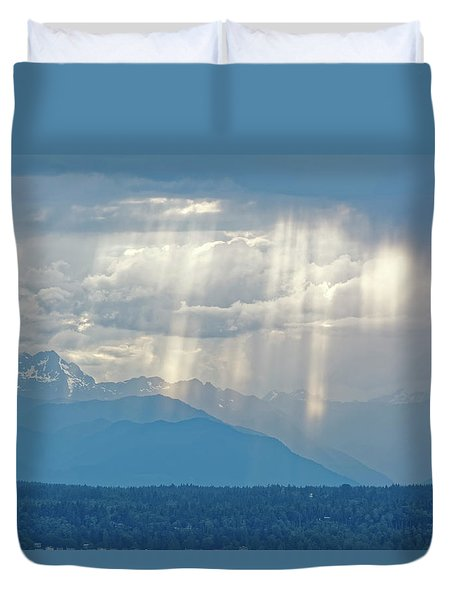 Light Through Clouds Duvet Cover