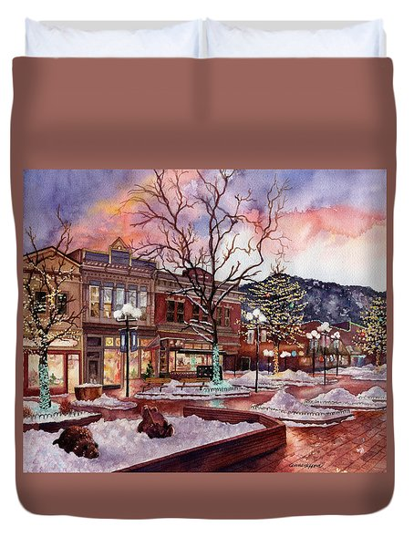 Light Up Heaven And Earth Duvet Cover