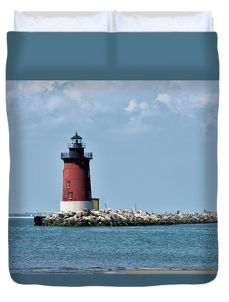 Duvet Cover featuring the photograph Delaware Breakwater East End Lighthouse - Lewes Delaware by Brendan Reals