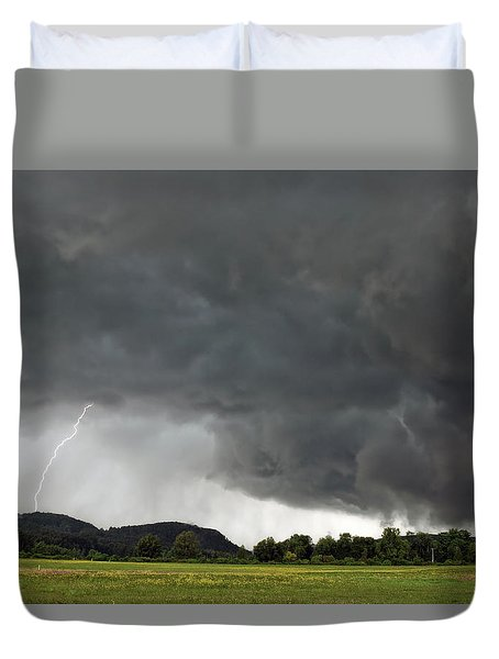 Lightning Strike On Tyringham Plain Duvet Cover