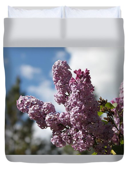Duvet Cover featuring the photograph Lilacs 5547 by Antonio Romero