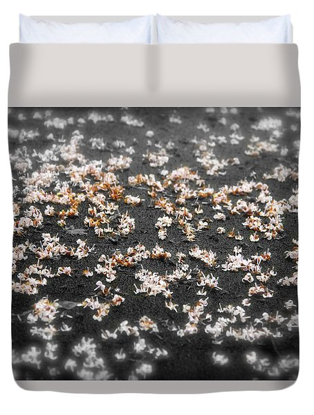 Lilacs After Shower Duvet Cover