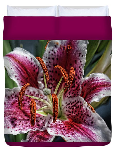 Lilly Up Close Duvet Cover