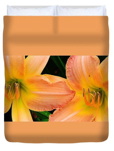 Lily Duo Duvet Cover