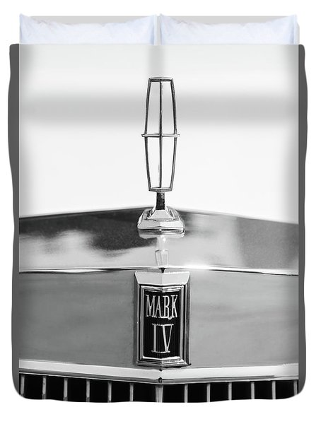 Lincoln Continental Mark Iv Hood Ornament - Emblem -ck0139bw Duvet Cover