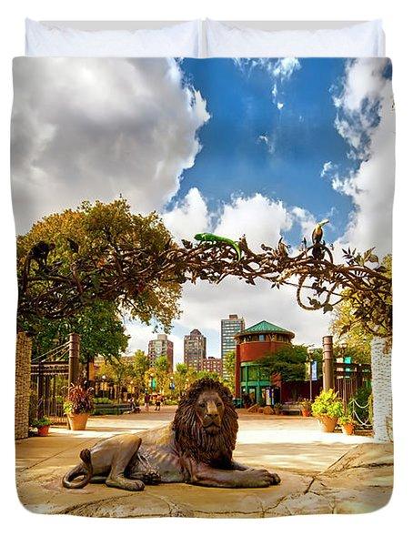 Lincoln Park Zoo  East Entrance  Fall  Duvet Cover
