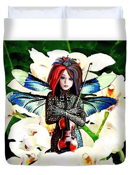 Duvet Cover featuring the painting Lindsey Stirling by Jann Paxton