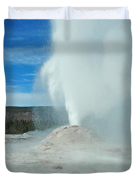 Lion Geyser Yellowstone Duvet Cover
