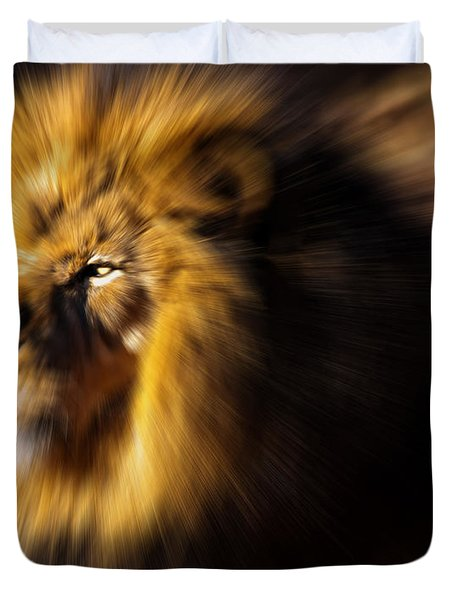 Lion The King Is Comming Duvet Cover