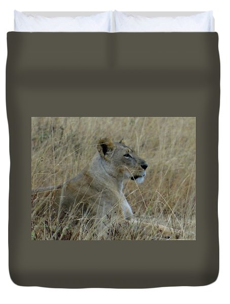 Lioness In The Grass Duvet Cover