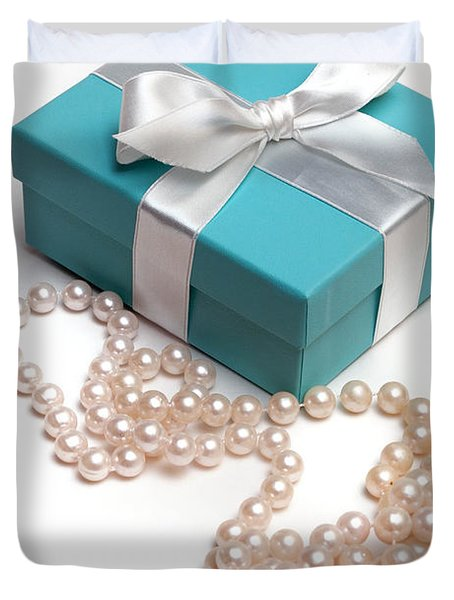 Little Blue Gift Box And Pearls Duvet Cover