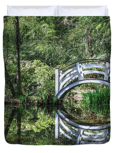 Little White Bridge At Magnolia Plantation And Gardens Duvet Cover