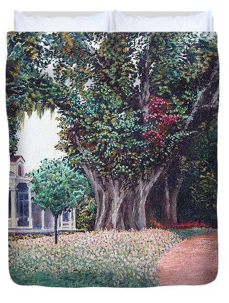 Live Oak Gardens Jefferson Island La Duvet Cover by Todd A Blanchard