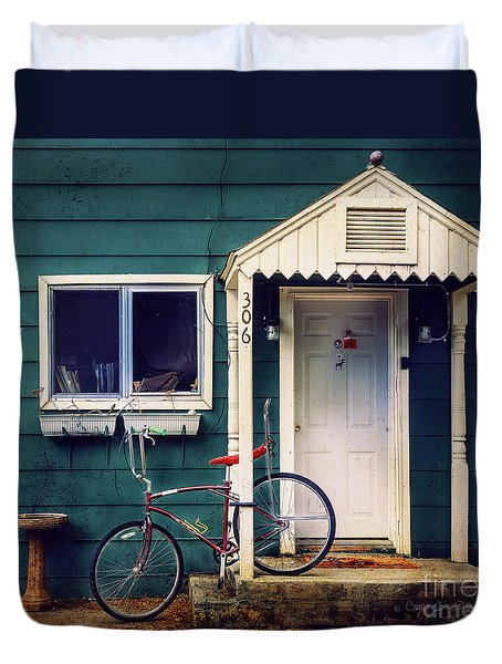 Duvet Cover featuring the photograph Livingston Bicycle by Craig J Satterlee