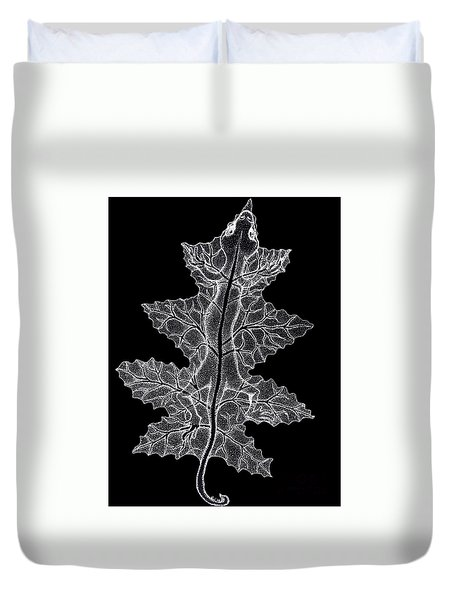 Lizard And Leaf Duvet Cover by Nick Gustafson