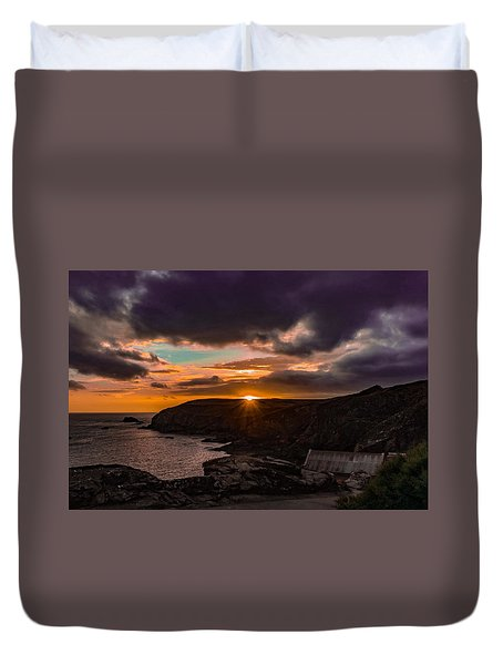 Lizard Point Sunset  Duvet Cover